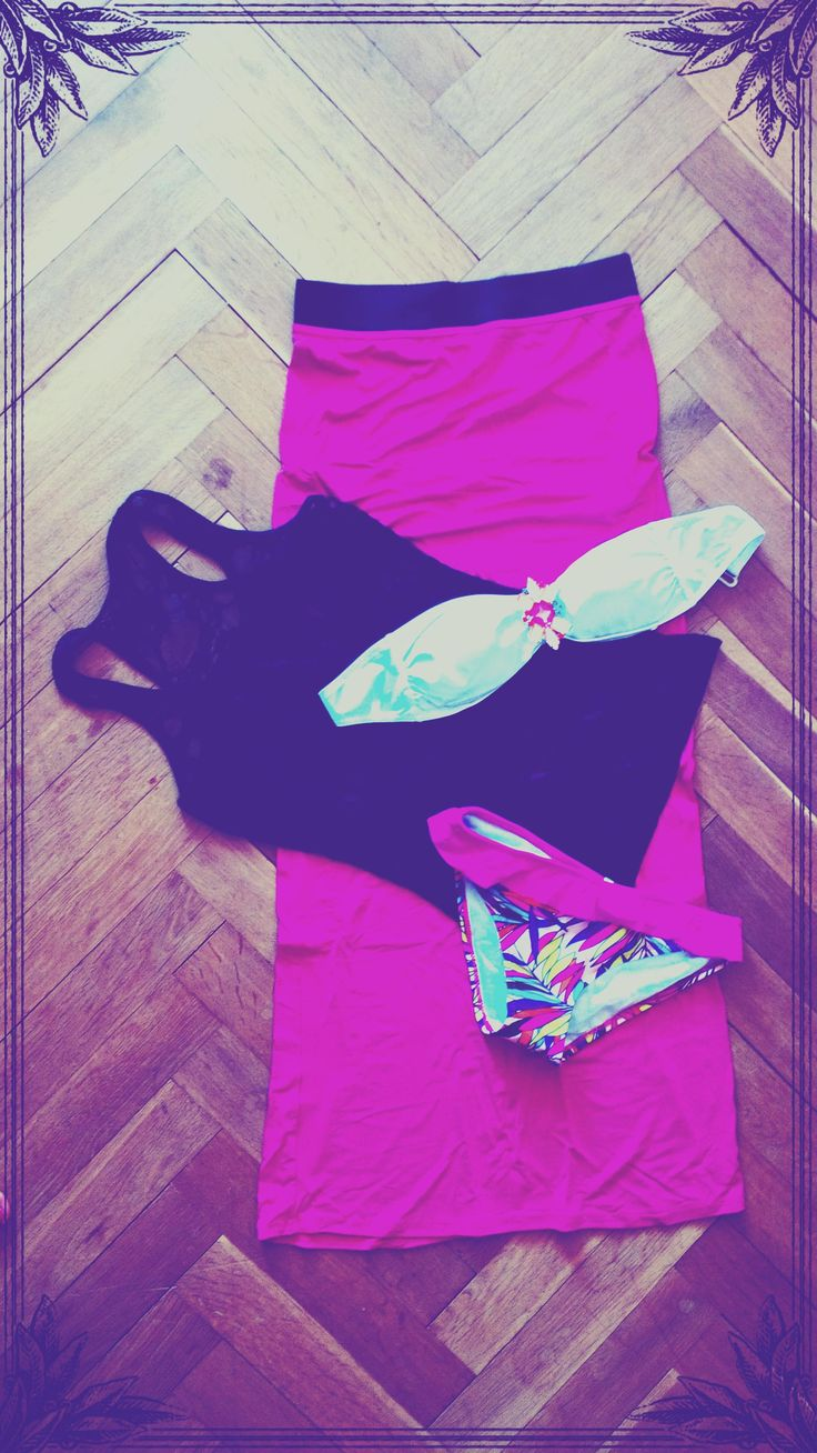 seductine and funny maxi pink skirt with black lace tank top wear with colorful bandeau bikini with brooch by selectafashion