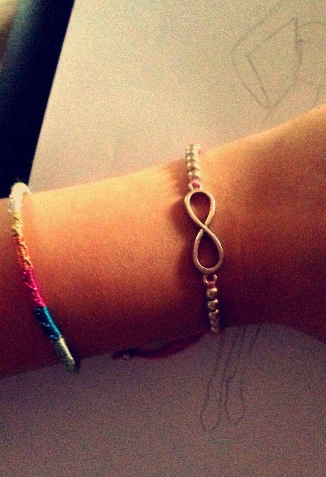 bracelet // friend