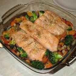 Zalm op een bedje van groentes