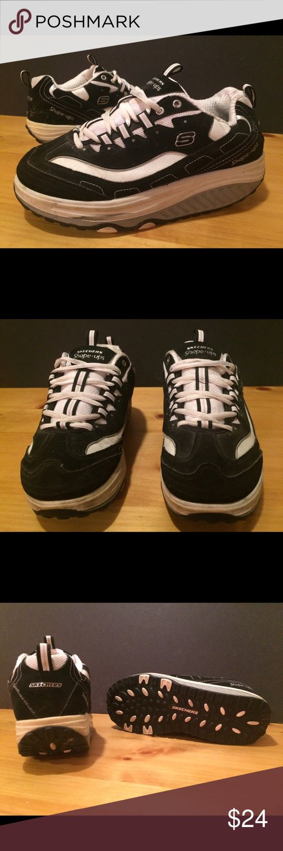 Women's Size 7.5 Black & White Skechers Shape-Ups Women's size 7.5 black & white Skechers Shape-Ups shoes. See photos and please message with any questions! :) Skechers Shoes Sneakers