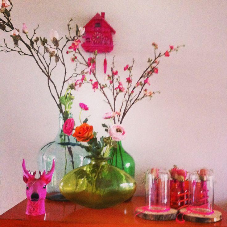 Kleur! Vazen kunstbloemen hert oranje Chinees kastje