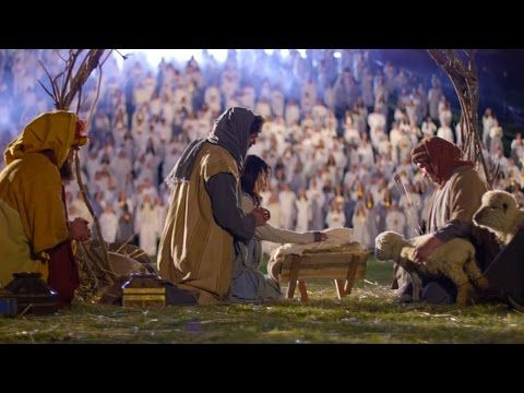 "The Piano Guys, Peter Hollens, & David Archuleta get together to sing ""Angels We Have Heard On High"" Watch the #sharethegift video. Over A Thousand People Came Together To Break a Record And Bring This Moving #Christmas Hymn To Life - YouTube"