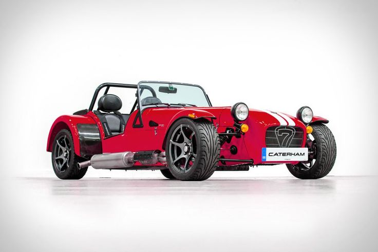 Open air, nearly open wheeled, and ready for an open throttle, the Caterham…