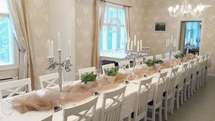 Kaunis Villa Järvelä Turussa on juhlatila arvokkaille häille.