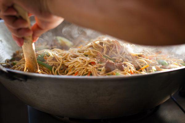 Filipino Pancit Recipe - Pinch of Yum