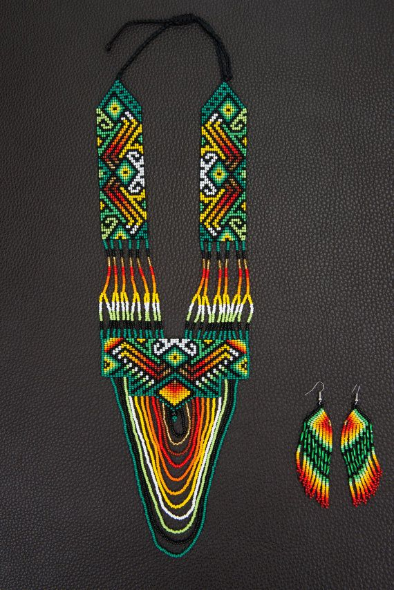 Loom, Necklace, earrings, native.