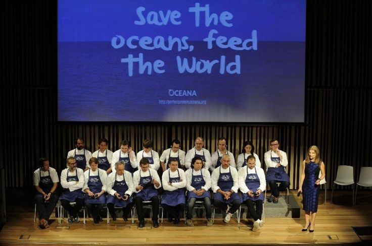 Híres séfek kampányolnak a kishalak fogyasztása mellett.