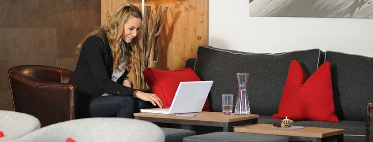 Internetecke mit WLan zum Surfen im World Wide Web.