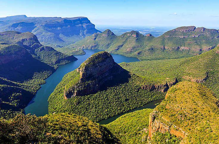 Routard.com : toutes les informations pour préparer votre voyage Afrique du Sud. Carte Afrique du Sud, formalité, météo, activités, itinéraire, photos Afrique du Sud, hôtel Afrique du Sud, séjour, actualité, tourisme, vidéos Afrique du Sud