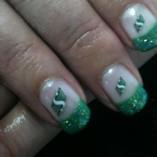 Saskatchewan Roughriders nail art!