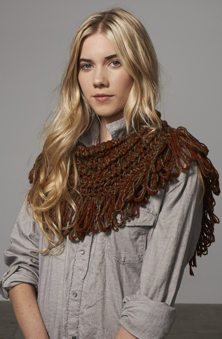 hand knitted scarf by Jo Nathan for Cleckheaton www.auspinners.com.au