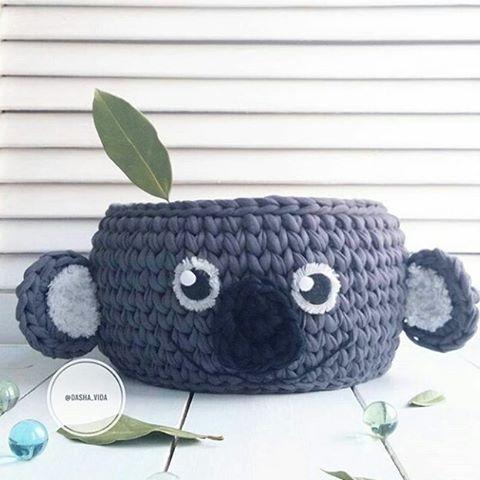 Ahhh coisinha fofa  #crochet #croche #handmade #cesto #fiodemalha #feitocomamor #feitoamao #cesto #cestoorganizador #basket #cestodecroche Por @dasha_vida