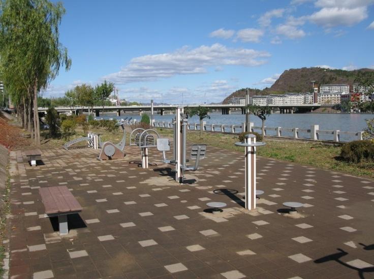 Outdoor fitness equipment of Jiamei installs in Sweden