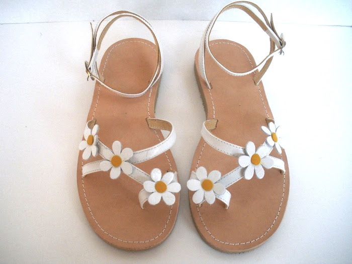 Pretty Much Penniless: Coveting: Summer Sandals