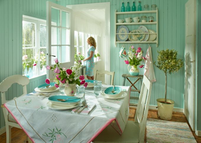 House of Turquoise: Sanna & Sania