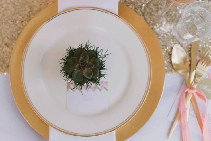 Peach & Gold    Wedding Stationery set - design: Leintjes Exclusief    Photocredits: Alexandra Vonk