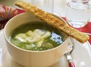 Grönärtssoppa med getostkräm | MåBra – Nyttiga recept