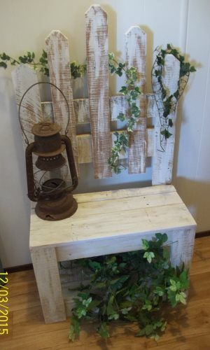 Shabby Chic Decorative Wood Bench - Brandon, Manitoba Classifieds