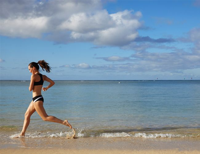 3 Workouts You Can Do On The Beach   | Daily Makeover