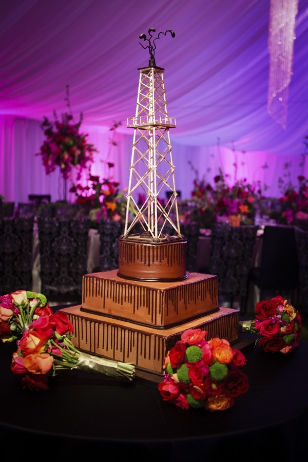 Oil Derrick Cake - Perfect for a western wedding!