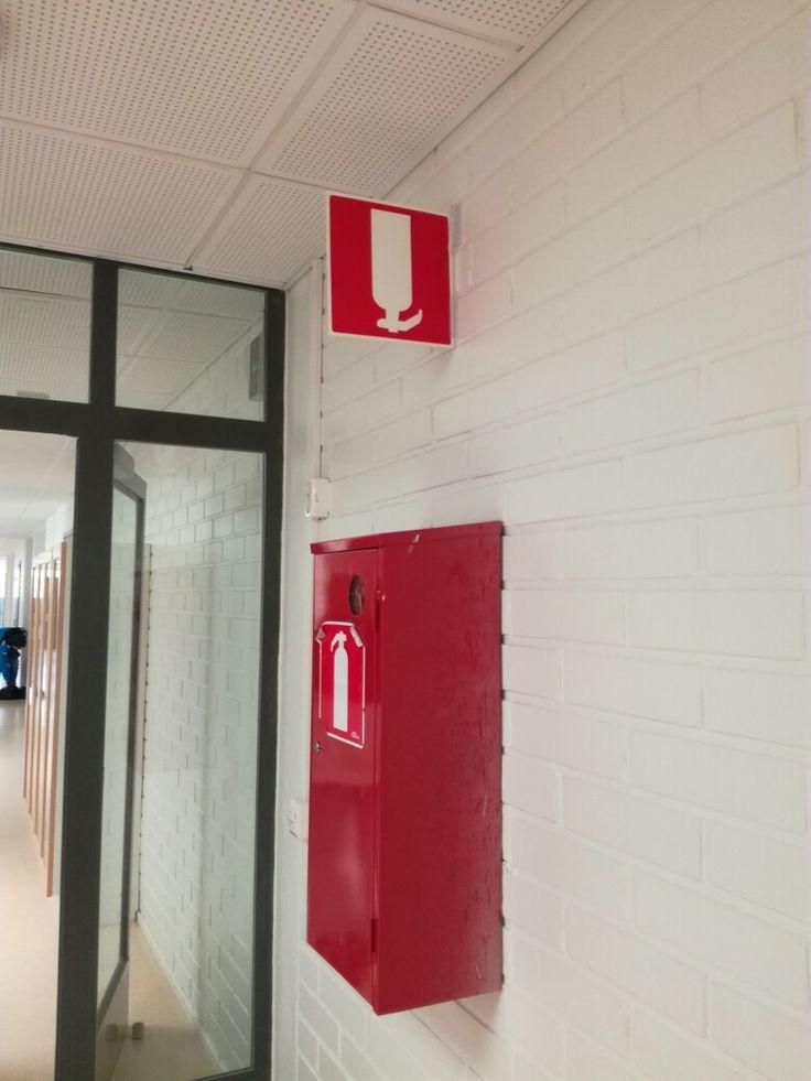 Finland, Halikko, Armfeldin koulu.  (2017) Someone has turned the singn upside down. :D