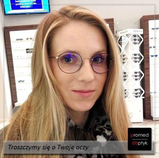 Pani Sandra. Pięknie. Dodatkowo szkła #Eyezen ze specjalną filtracją. Czyli pięknie i funkcjonalnie :) Serdecznie pozdrawiamy Panią Sandrę. #optyk #optometrysta #okulista #okulary #uśmiech #wzrok
