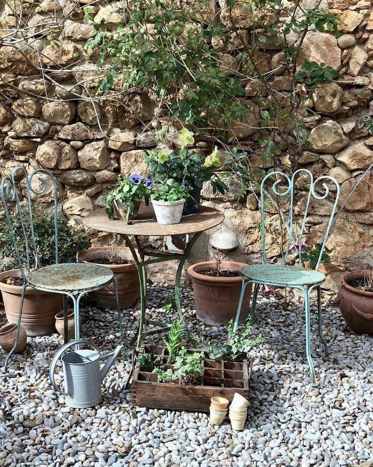 56 Beautiful Cottage Garden Design Ideas With The Old Garden