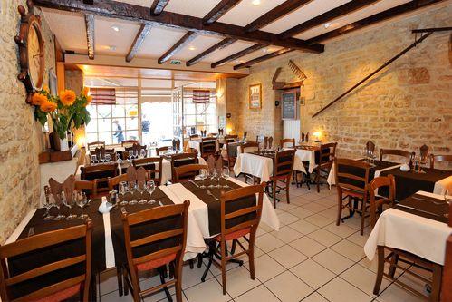 24 best ww2 today images on pinterest vintage fashion - Restaurant fleur de sel port en bessin ...