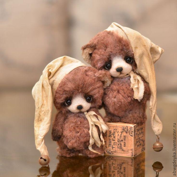Авторские медведи-тедди Беспаловой Екатерины: Близнецы Ди и Дэй. Twins of Dee and Day - OOAK 4.8''