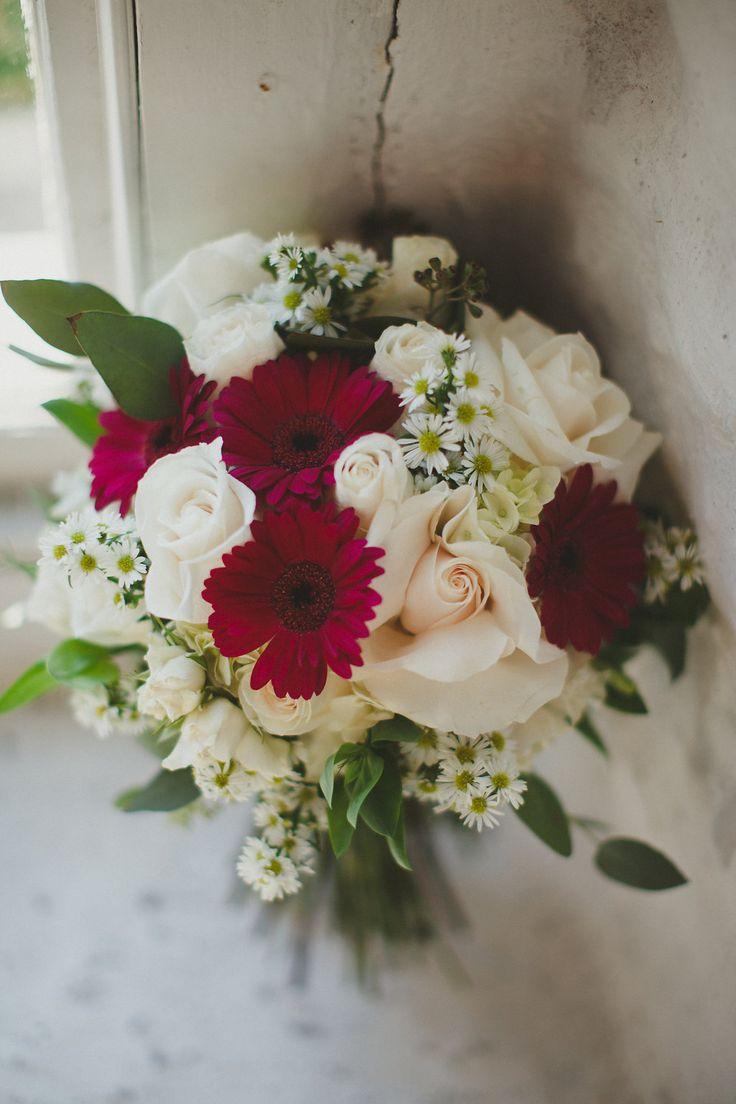 informal handtied bouquet