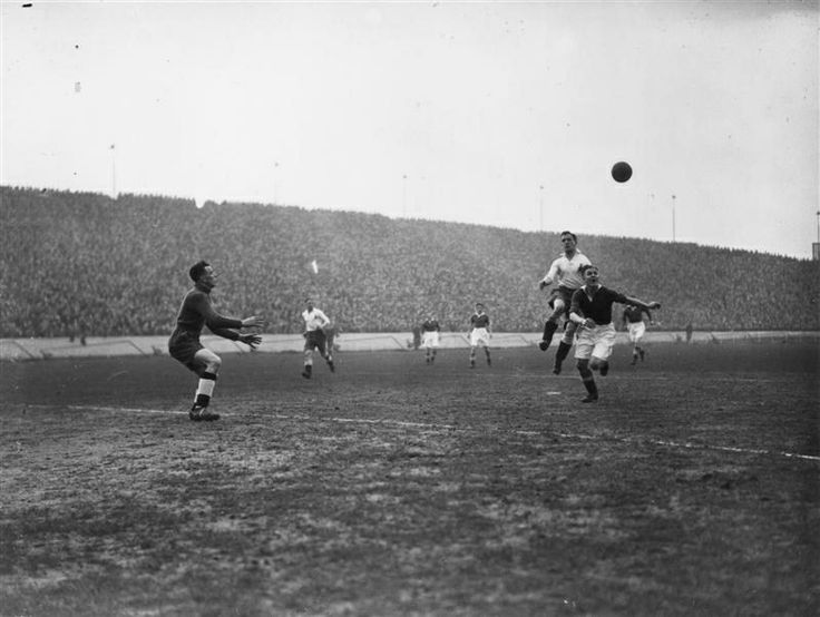 12 March 1938: CHELSEA's new signing from Luton Town, JOE PAYNE, chases the ball into the Bolton goal area, as CHELSEA play Bolton Wanderers at Stamford Bridge. JOE PAYNE is the holder of the Football League individual scoring record for one match, with ten goals for Luton against Bristol Rovers...
