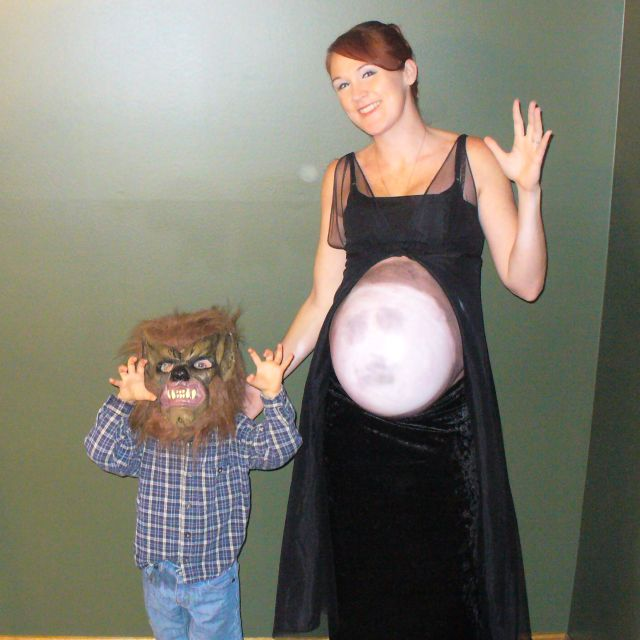 pregnant halloween costume - Pregnant Halloween Couples Costumes