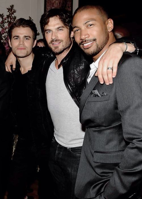 Upfronts after party in NY 14/5/15 - its great they are all friends even when Charles Michael Davis hasn't worked on screen with them
