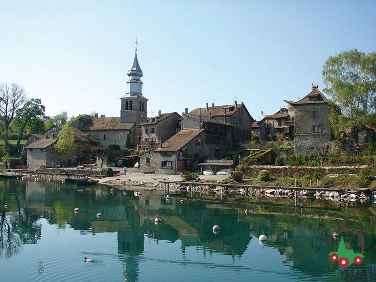 Yvoire rhone alpes region of france pretty medieval town for Beau village autour de toulouse