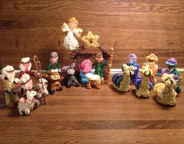 This Nativity scene. | The 30 Most Important Rainbow Loom Accomplishments Of 2013