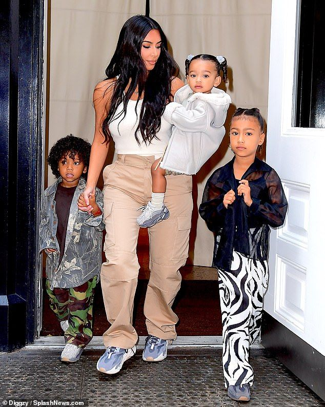 Kim Kardashian Joins Kanye West And Kids North Saint And Chicago Kardashian Kids Kim Kardashian Kim Kardashian Style