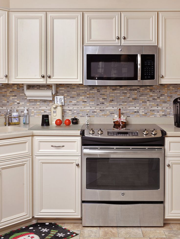 1000 ideas about off white kitchens on pinterest off - Kitchen designs with off white cabinets ...