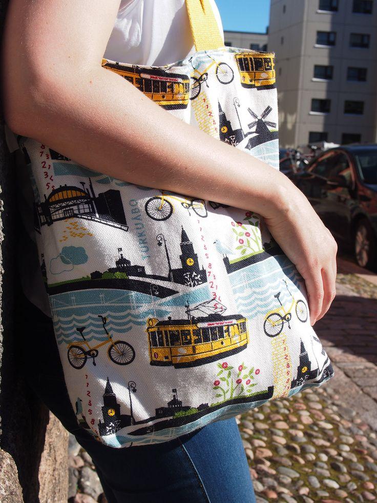 Kui-design, Turku-kassi.  My favorite summery hadbag.