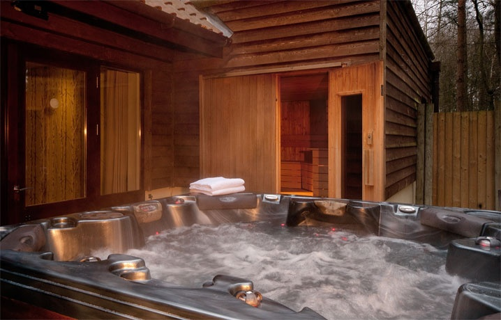 Hot Tub And Sauna Of A 4 Bedroom Exclusive Lodge Prototype For Woburn Forest Center Parcs