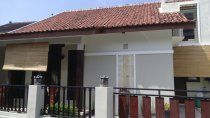 Rumah Mewah Dijual Rumah Siap Huni di Banteng Jakal Km 8 Jogja Dekat Universitas ternama di Yogyakarta  Sertifikat Hak Milik, IMB Luas Tanah : 150 m2 Luas Bangunan : 140 m2  Kamar Tidur : 4 Kamar Mandi : 3 Harga 950jt  Untuk Informasi Pemasaran Hub : Yayan Yulianto  081392622222 (LINE) (WA), 087839163622,  089619896262  Pin BB: 2815e5d5  Saya Layani dengan Senang Hati  Saya dari Kantor Properti Today Jogja    AGEN PROPERTI JOGJA (Jasa Penjualan Properti) DEVELOPER PROPERTI