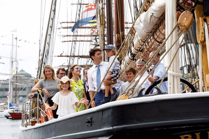 PM Trudeau & wife Sophie. children Ella-Grace, Xavier & Hadrien visit the Tall Ships in Quebec
