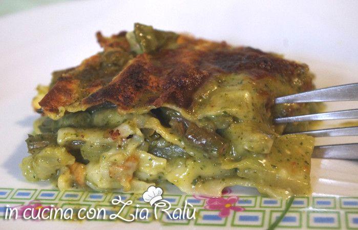 Le lasagne bianche fagiolini pesto e patate sono un primo piatto molto gustoso ideale per occasioni particolari o per le festività.