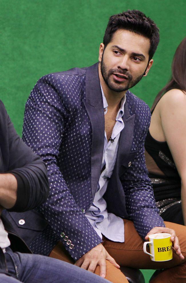 Varun Dhawan at the India Today Mediaplex to promote 'Humpty Sharma Ki Dulhaniya'. #Style #Bollywood #Fashion #Handsome
