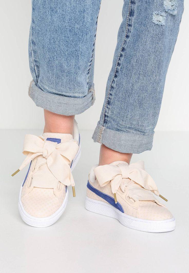 Puma. BASKET HEART Sneaker low oatmealtwilight blue