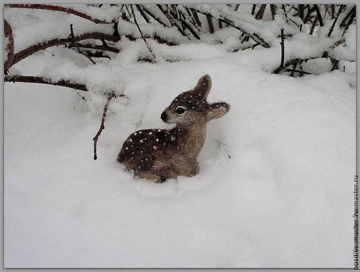 Купить Олененок.Брошь - коричневый, олень, олененок, зима, зимний, Снег, снежный, Снегопад, лес