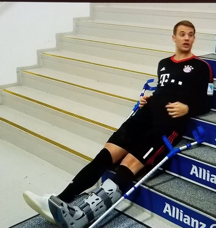 Bayern Munich Goalkeeper Manuel Neuer chilling in his Creme Yeezy