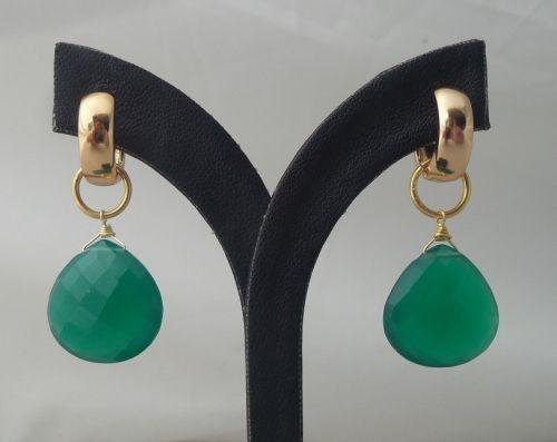 Goud vergulde creolen met groene Onyx briolet | Goud Vergulde Oorbellen | Vergulde Edelsteen Sieraden | Zilveren Edelsteen Sieraden