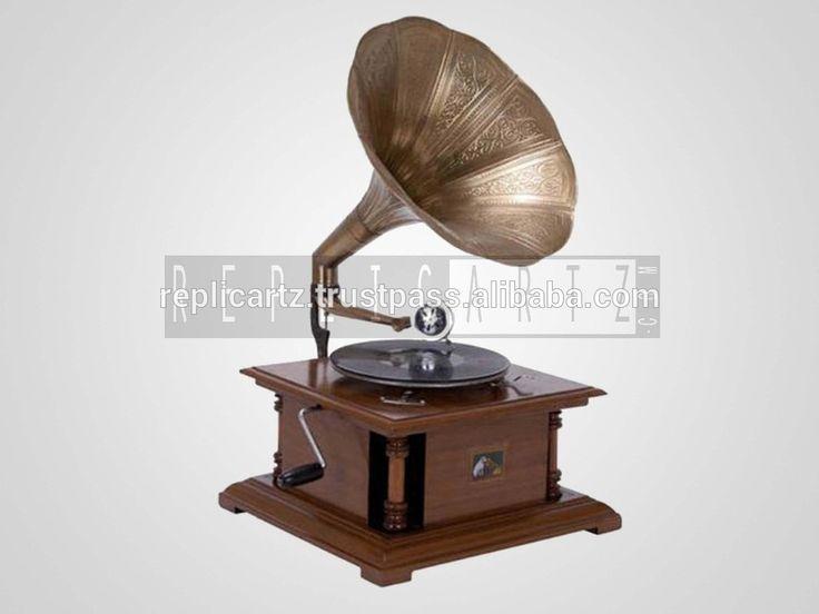 Replica Antique Gramophone