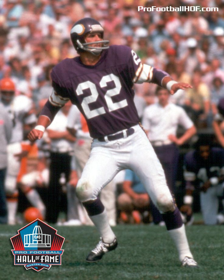 Feb. 19, 1942 - Paul Krause, Pro Football Hall of Fame Class of 1998, was born in Flint, Michigan. He set the #NFL record for career INTs on Dec. 2, 1979 as a safety for the @Minnesota Vikings. Click image for his complete HOF bio. #Vikings