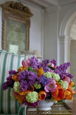 From Veranda magazine/ These flowers are pure springtime!